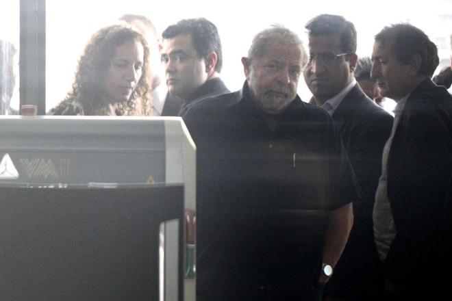Lula após condução coercitiva: suposto vídeo da ação seria usado para inspirar cena de filme. | Márcio Fernandes /Estadão Conteúdo