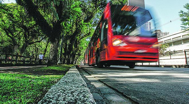 Transporte de Curitiba terá paralisação dia 15 de março | Jonathan Campos/Gazeta do Povo