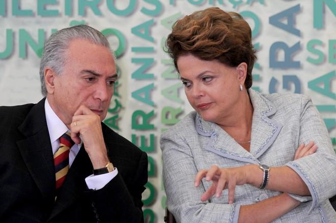 Temer e Dilma: julgamento sobre contas da chapa começa na próxima semana. | Evaristo SA/AFP