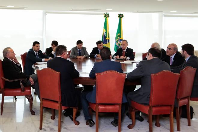 Para o presidente da Associação Brasileira de Proteína Animal (ABPA), Francisco Turra, o governo está mais preocupado com o mercado externo e não está dando explicações ao consumidor brasileiro.   MARCOS CORREA/PR