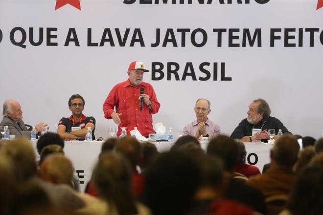 Lula fala durante o seminário organizado pelo PT   Paulo Pinto/Agencia PT