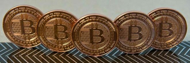 É preciso declarar bitcoins no Imposto de Renda. Veja um  passo a passo sobre como fazer isso na Gazeta do Povo. | KAREN BLEIER/AFP