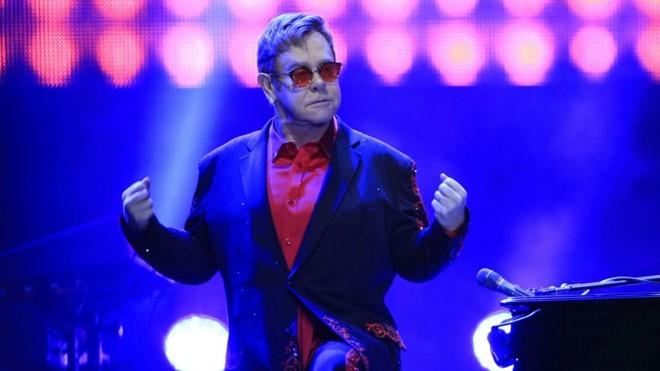 Elton John: sucessos para os fãs curitibanos | Marcelo Andrade/Gazeta do Povo