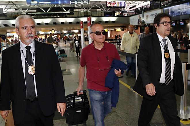 Defesa alegou que Nestor Cerveró está em dificuldades financeiras para viajar e comparecer ao depoimento marcado para o próximo mês, em Curitiba.   Albari Rosa/Gazeta do Povo