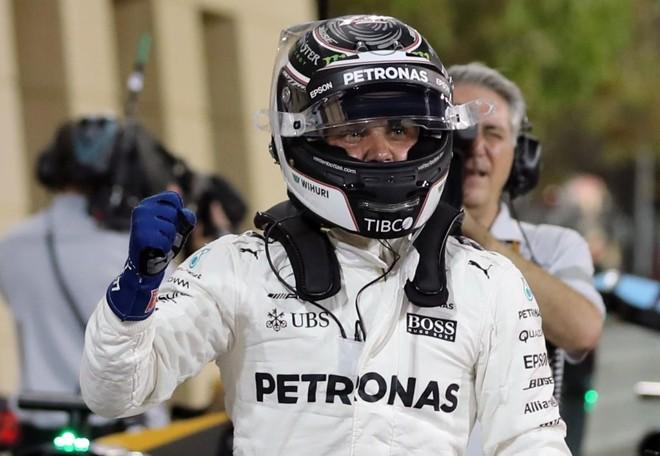 Bottas deixou Hamilton para trás no Bahrein | KARIM SAHIB/AFP