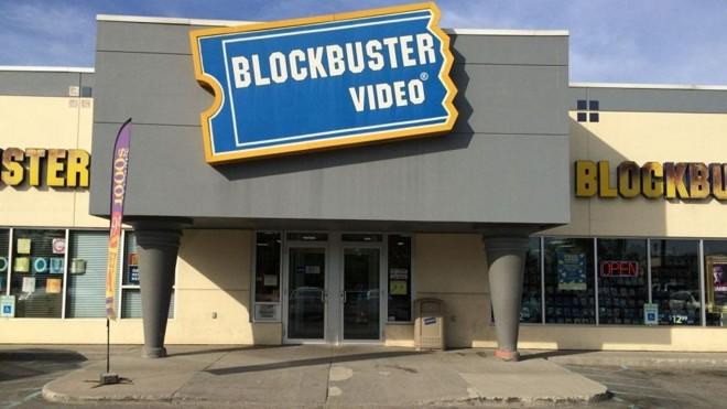 Uma das últimas lojas remanescentes da Blockbuster, em Fairbanks, Alasca | /Washington Post