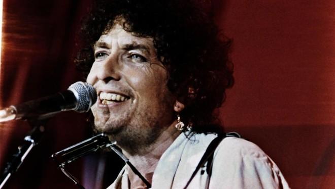 Bob Dylan em show na Filadélfia em 1985. | Micelotta Frank/AFP