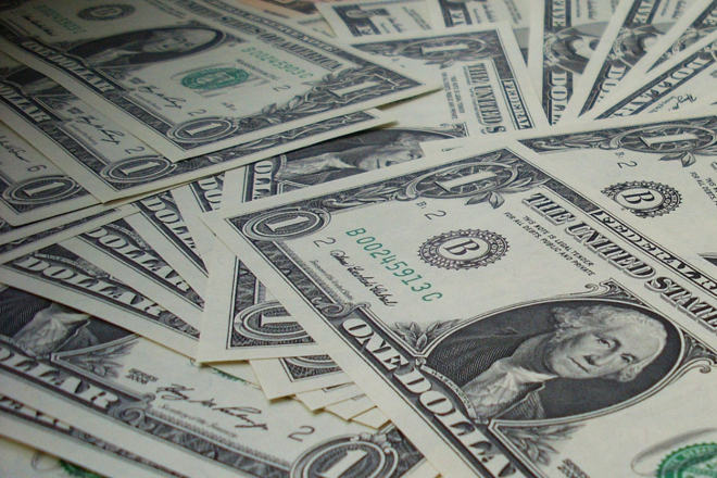 Uma história de sucesso:Como um homem que tinha US$ 2 na conta ficou milionário em cinco anos. | Pixabay