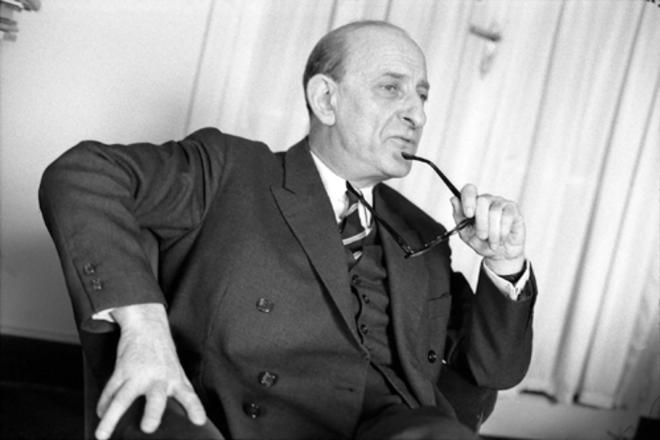 O francês Raymond Aron: combate ao marxismo   Reprodução