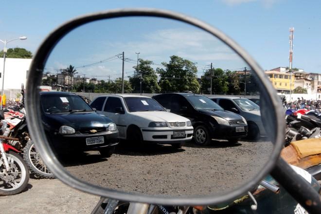 Leilão de Automóveis: compre com grandes descontos