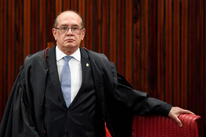 Gilmar Mendes decidiu acelerar o julgamento da chapa Dilma-Temer num momento em que o Planalto, nos bastidores, acredita que tem votos para manter o presidente no cargo. | Evaristo Sá/AFP