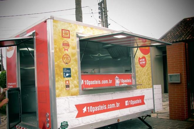 Uma das apostas da 10 Pasteis para crescer são os trailers.Com um investimento relativamente pequeno, de R$ 150 mil, os carrinhos foram pensados para cidades pequenas. | Divulgação