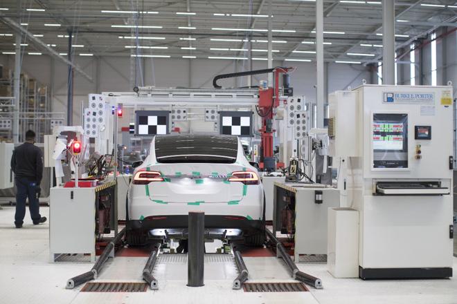 Tesla é a montadora com o maior valor de mercado dos Estados Unidos. | Jasper JuinenBloomberg