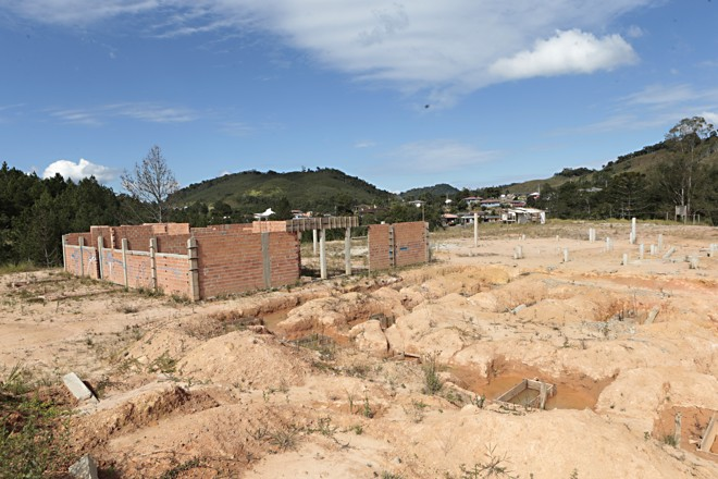 Em duas escolas estaduais problemas eram semelhantes aos da Quadro Negro (foto acima). | Albari Rosa/Gazeta do Povo