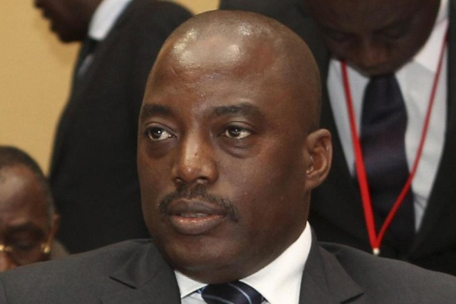Mais de 3.300 pessoas foram mortas e 1.4 milhão forçadas a fugir desde que o presidente Joseph Kabila (foto) sinalizou que se recusaria a deixar o cargo no fim de seu mandato, em dezembro de 2016 | EE/NK/YSSTRINGER