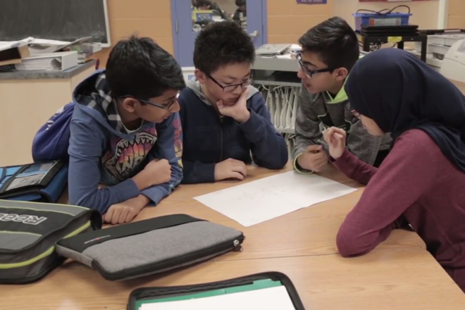 Alunos no distrito escolar de Peel: adaptação complexa | Reprodução/Peel School District Board