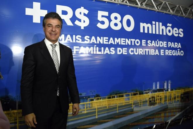 Em maio, Richa anunciou obras na rede de água e esgoto de 33 municípios do estado. | Ricardo Almeida/ANPr