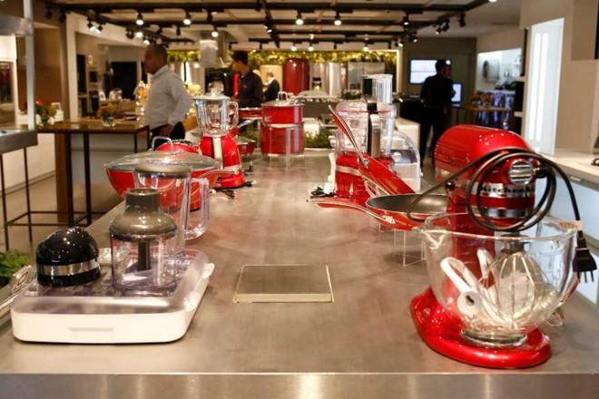 8a62071a4 Redes varejistas vão abrir centenas de lojas em 2017