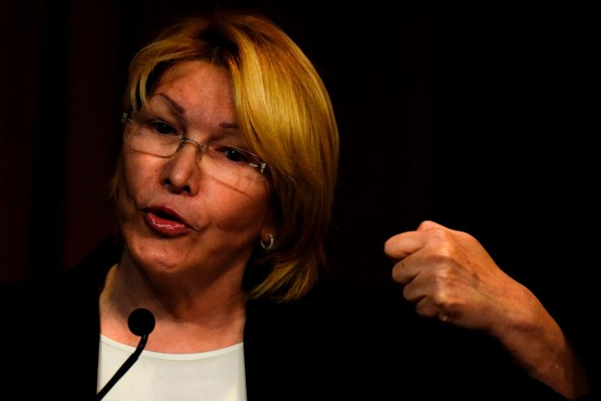 Procuradora-geral da Venezuela, Luisa Ortega Díaz: luta contra ditadura após anos apoiando Hugo Chávez | JUAN BARRETO/ AFP