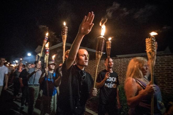 Confronto em Charlottesville, no último sábado (12), resultou em três mortes e 19 feridos. | /