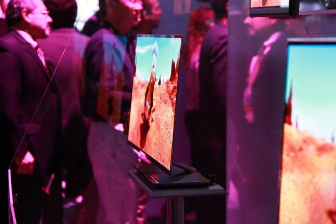 Protótipo de TV OLED da LG, apresentado em 2011 | ETC@USC/Flickr