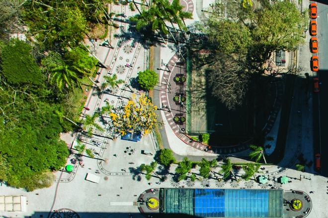 Vista aérea da Praça Osório: intenção de prefeitura é aumentar densidade habitacional no Centro. | Letícia Akemi/Gazeta do Povo