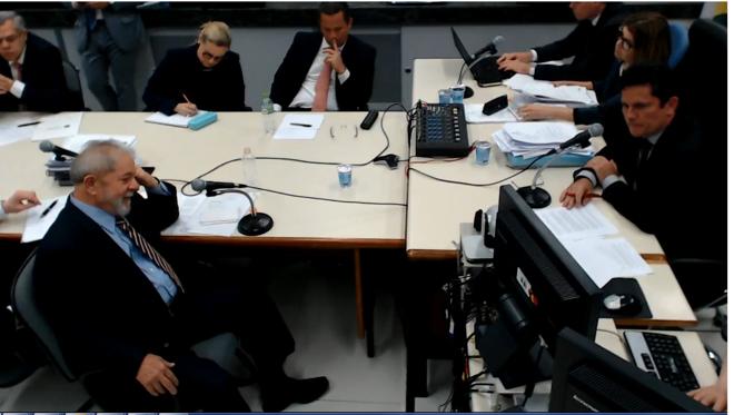Ex-presidente Lula e o juiz Sergio Moro já ficaram frente a frente em duas oportunidades: nas ações do tríplex do Guarujá e do apartamento em São Bernardo. | Reprodução