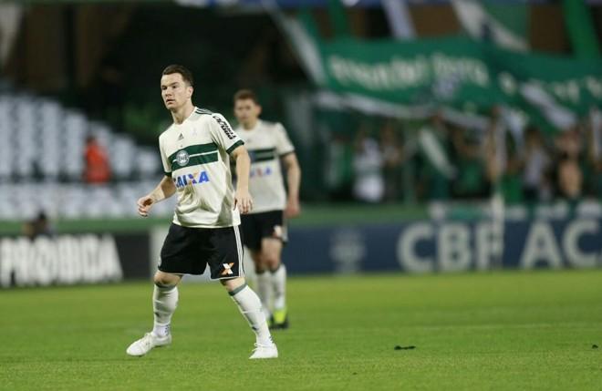 Baumjohann ganhou a primeira chance com a camisa do Coritiba. | Marcelo Andrade/Gazeta do Povo