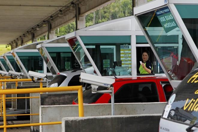 Praça de pedágio: tarifa é mais barata nas rodovias federais. | Antônio More/Gazeta do Povo/ Arquivo