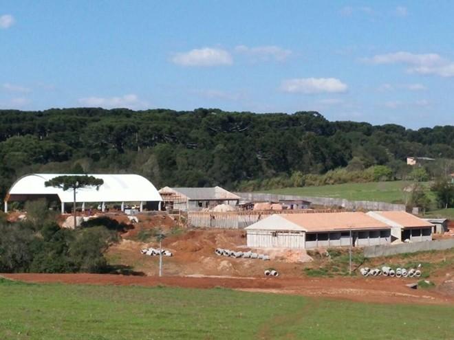 Obras do Colégio Estadual Professora Marlene Jacob, em Guarapuava, em julho de 2015. | MI Construtora de Obras/Divulgação