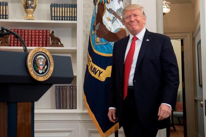 O presidente dos Estados Unidos, Donald Trump, durante coletiva no salão oval da Casa Branca   SAUL LOEB/ AFP