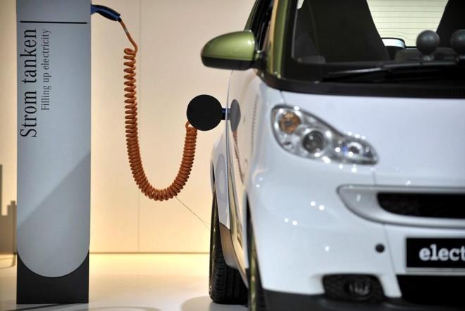 Em cerca de 20 anos, estima-se que 35% de todos os carros novos produzidos no mundo  serão elétricos. | cp/Sascha Schuermann