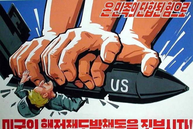 Cartaz de propaganda norte-coreana contra os americanos em Pyongyang | Reprodução