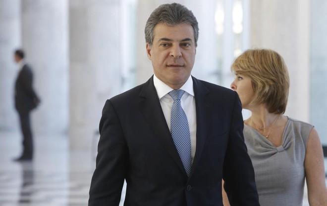 """Beto Richa se compromete a respeitar um """"teto de gastos"""" em 2018 e 2019.   Alexandre Mazzo"""