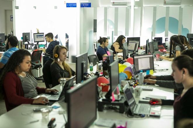 Contabilizei, em Curitiba, usa a tecnologia para tentar agilizar o atendimento às empresas | Marcelo AndradeGazeta do Povo