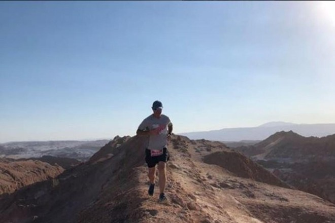 Embaixador do The Hardest Run, Marcelo Alves, corre a Volcano Marathon, a maratona de deserto na maior altitude do mundo | Eduardo LubiaziArquivo pessoal