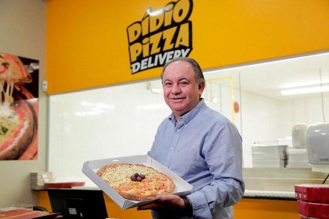 Elidio Biazini, da Didio Pizza, faz os test drives nos finais de semana, quando o movimento é maior | Didio PizzaDivulgação