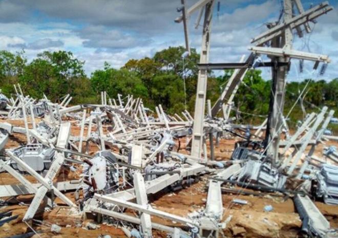 Estrutura de energia elétrica da fazenda foi totalmente destruída | Reprodução/