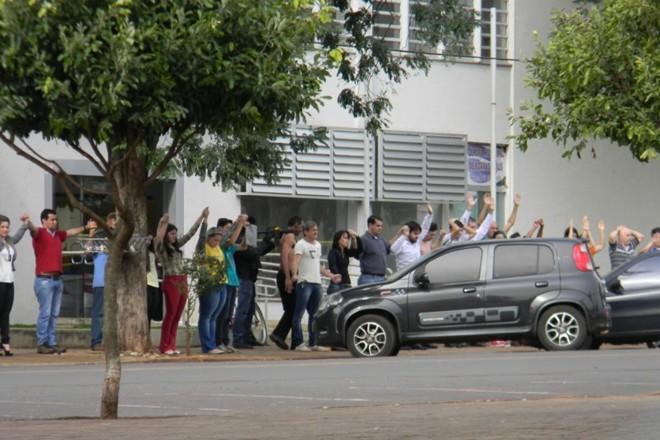 Quadrilhas perseguidas pela PF em operação nesta quinta usavam escudo humano para evitar aproximação da polícia | Junior Dias / Borrazópolis Notícias/ Arquivo