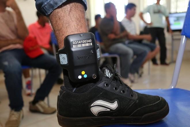 Paraná lidera o ranking nacional de monitoramento eletrônico.   Ivonaldo Alexandre/Gazeta do Povo/Arquivo