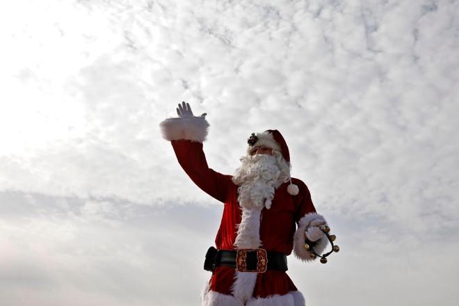 16cc91b4d São Nicolau era bem diferente da imagem do Papai Noel construída pela  soceidade ao longo do
