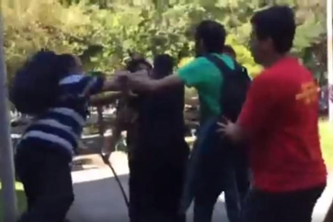 Vídeo registra momento em que um dos participantes do simpósio é agredido | Facebook Diário Online da Causa Operária/Reprodução