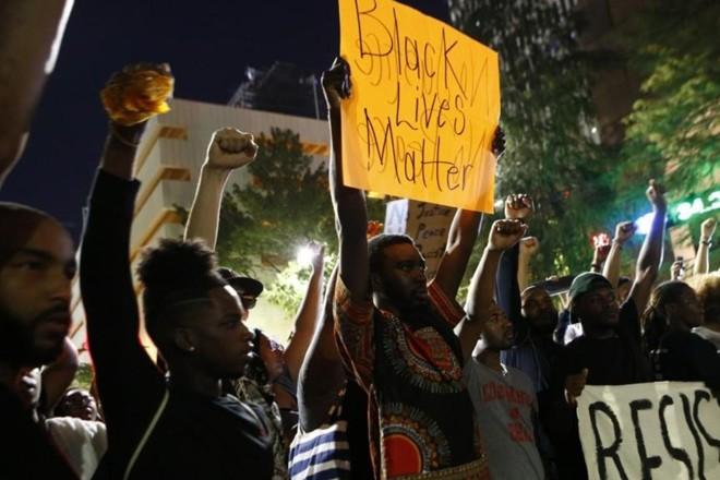 Movimentos como Black Lives Matter aderem à premissa historicamente falsa de que o socialismo é antirracista | Brian Blanco/AFP