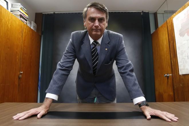 Bolsonaro diz que está 90% fechado com o PSL. | Igor Estrela/Estadão Conteúdo