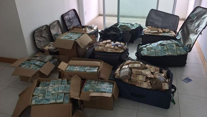 Malas e caixas de dinheiro no bunker de Geddel Vieira Lima motivaram a criação de uma nova regra para transações em espécie | Policia Federal/Divulgação