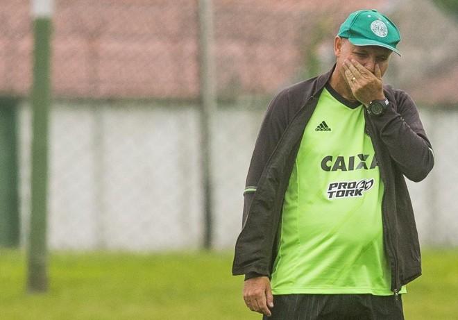 Sandro Forner está preocupado com a sequência de jogos doCoxa. | Hugo Harada/Gazeta do Povo