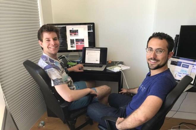 O brasileiro Gabriel Guimarães (direita) e seu sócio, Jared Pochtar | Pagedraw