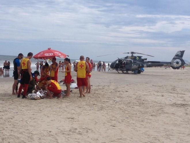 Equipe do BPMOA faz atendimento em PRaia do Leste: banhista deve ficar atento. | Corpo de Bombeiros/