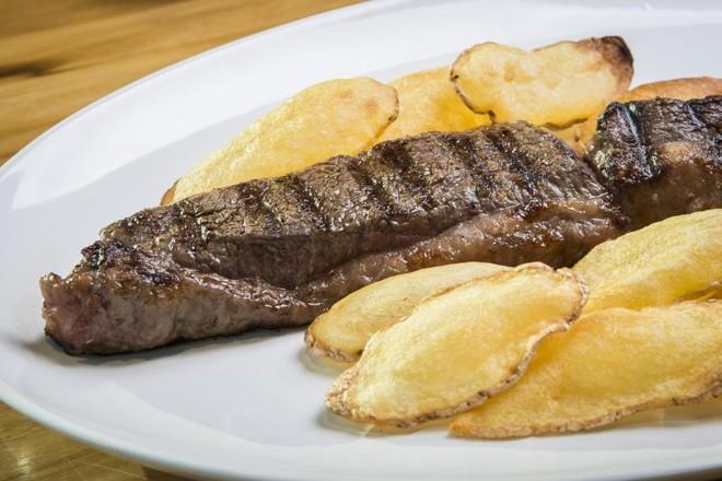 Brasil é o maior exportador mundial de carne bovina e de frango, e está na 4ª posição  em suínos | Arquivo/Gazeta do Povo
