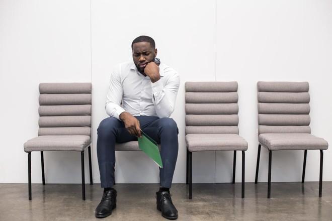 Pergunte obre as funções do cargo a que está concorrendo, saber sobre o dia a dia dentro da empresa, sobre os benefícios e o valor da remuneração.  Ficar calado pode demonstrar desinteresse. | Bigstock/